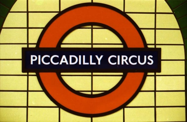 picadilly-circus-station-1-sur-1