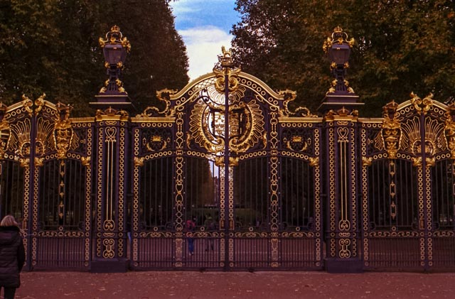 portail-hyde-park-1-sur-1